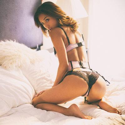 Alina Li - 20140504-1128