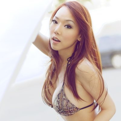 Maureen Chen - 20110213-2023