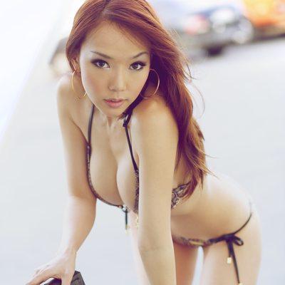 Maureen Chen - 20110213-1998